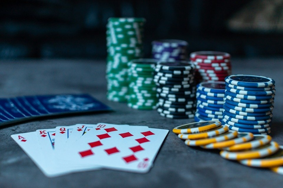 3 Common Pitfalls to Avoid When Gambling Online